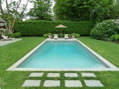 Pool and turf Small Backyard Pools, Swimming Pools Backyard, Ponds Backyard, Swimming Pool Designs, Hampton Pool, Square Pool, Amazing Swimming Pools, Moderne Pools, Gunite Pool