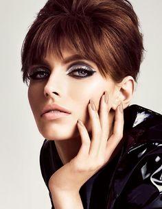 Mod makeup idea via Tom Ford Tom Ford Lipstick, Tom Ford Makeup, Beauty Makeup, Hair Makeup, Hair Beauty, Mod Makeup, Clean Makeup, Beauty Trends, Beauty Hacks