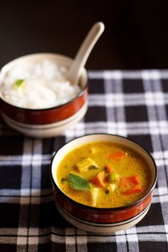 thai yellow vegetable curry - aromatic, lemony and spicy thai vegetable curry.