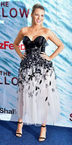 Blake Lively in a racy Carolina Herrera design. She completed her look with Lorraine Schwartz jewelry and a black Christian Louboutin clutch and sandals.