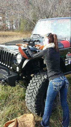 Dirty hot Jeep chicks are back Photos) : theCHIVE N Girls, Crazy Girls, Jeep Wrangler Girl, Jeep Wranglers, Jeep Photos, Jeep Images, Badass Jeep, Jeep Truck, Jeep 4x4