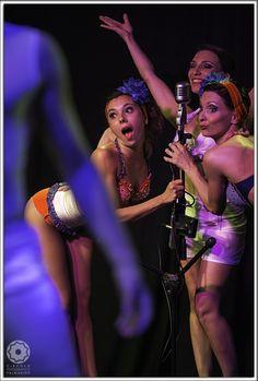 #Canto e #ballo per #esibizioni #incredibili al #palmanova #outlet #village  http://www.palmanovaoutlet.it/