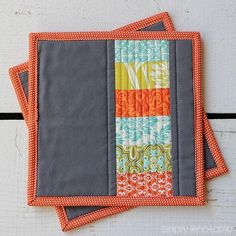 Modern Quilted Potholder - Add some seriously vintage flair to your kitchen dcor when you learn how to quilt these lovely free potholder patterns. Created by using stacked coins and quilt binding techniques, these adorable kitchen sewing ideas can easily be created in a color scheme that will match your kitchen. Not all vintage sewing patterns fit right in with your new school ideas.
