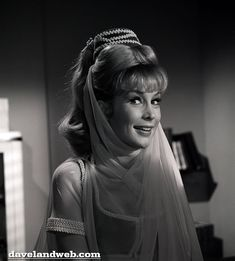 Jeannie was a favorite of mine. Not quite the same level of cool as Morticia Addams, but pretty darned cool.