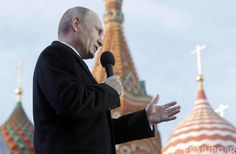 Putin greeting the people on the one-year anniversary of the annexation of Crimea