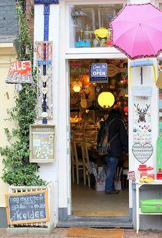 Juffrouw Splinter by cafe noHut, via Flickr
