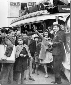 1941 Jewish Refugees arriving in Sintra, Portugal