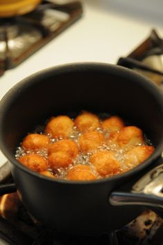 Simple & Easy Donut Holes