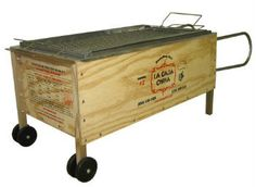 La Caja China Pig Cooker - looking to get one of these for summer....