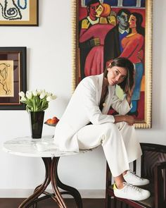 julie pelipas white suit suit 8 Ways To Wear A Suit Right Now — WOAHSTY. julie pelipas white suit suit 8 Ways To Wear A Suit Right Now — WOAHSTY… julie pelipas Brown Suits, White Suits, New Mens Suits, Suits For Women, Suits Serie, Types Of Suits, Suit Measurements, Classic Suit, Looks Street Style