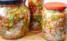 Romanian Food, Canning Recipes, Pickles, Mason Jars, Pesto, Brunch, Food And Drink, Yummy Food, Healthy Recipes