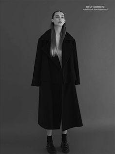 coat of Lust Yohji Yamamoto Yves Klein Blue, Yohji Yamamoto, High Fashion, Work Fashion, Modern Fashion, Editorial Fashion, Outerwear Jackets, Ready To Wear, Fashion Photography