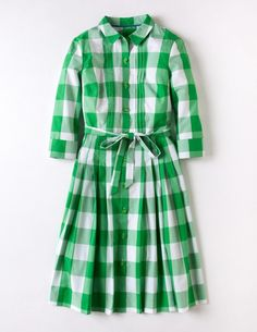 I have the straight navy gingham shirt dress from Boden from a few years back and love it. This green A-line version may need to join it in my closet! Shirt Dresses Uk, Green Shirt Dress, Dressy Dresses, I Dress, Fashion Dresses, Work Dresses, Dream Dress, Gingham Shirt, Fasion