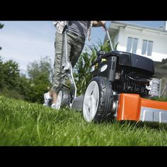 Things to consider before buying a lawn mower