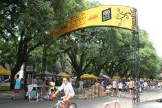 Feira de artesanato no Brique da Redenção em Porto Alegre