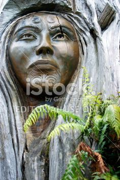 'Papa and Rangi' Sculpture by Brian Woodward and Ken Blum Royalty Free Stock Photo