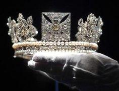 A Londra i diamanti della regina