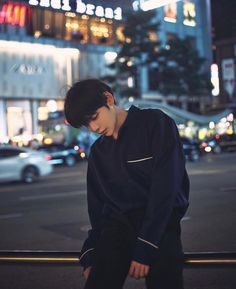 Uploaded by kσσkíєѕ. Find images and videos about ulzzang, asian boy and ulzzang boy on We Heart It - the app to get lost in what you love. Korean Boys Ulzzang, Ulzzang Couple, Korean Men, Ulzzang Girl, Ulzzang Style, Cute Asian Guys, Cute Korean Boys, Asian Boys, Cute Guys