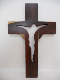 cruz de madera de granadillo. artesanías michoacanas.