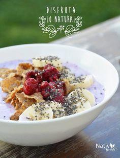 Aquí te dejamos una idea: Yogurt + polvo #NativForLife + cereal + fruta + chia = Toda la energía que necesitas para comenzar tu día con ganas www.nativforlife.cl