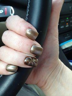 Ring finger magnetic nail.