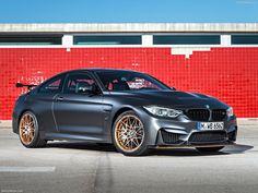 BMW M4 GTS 2016 (1600x1200)