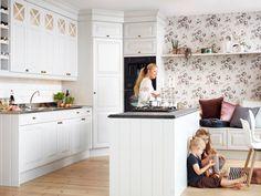 Kjøkken i perlegrått – Meny | Drømmekjøkkenet