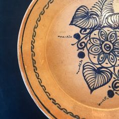Set of Vintage Mexican Pottery Plates 6 dinner & 2 salad Dinner Plate Sets, Dinner Plates, Clay Plates, Plated Reviews, Pottery Plates, Greek Key, Key Design, Fork, Vintage Items