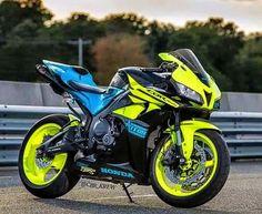 CBR 600 RR like the color scheme Gp Moto, Moto Bike, Motorcycle Bike, Tourer Motorcycles, Honda Motorcycles, Cars And Motorcycles, Honda Motorbikes, Custom Sport Bikes