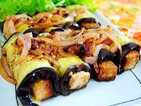Rolinhos de Berinjela Recheados com Tiras de Tofu