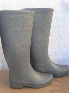 c36df5ac559 UGG WILSHIRE LOGO RUBBER BOOT CHARCOAL WOMENS SZ US  6 NEW  UGGAustralia   Rainbootssnowwinter