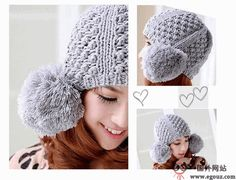 Pom pom Dotted Knitted Hat