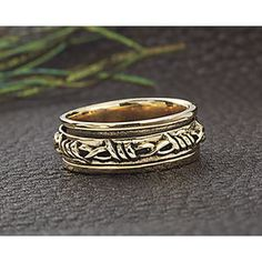 Barbed Wire Spinner Ring - Best Selling Gifts, Clothing, Accessories, Jewelry and Home Décor
