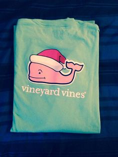 XMAS WHALE IS BACKKKK #vineyardvines #everydayshouldfeelthisgood