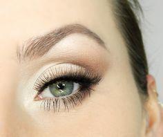 Kosmetyczna Hedonistka: Beauty | Lifestyle: Prosty makijaż powiększający oczy krok po kroku wykonany paletą Sleek Ultra Matts i Oh So Special.