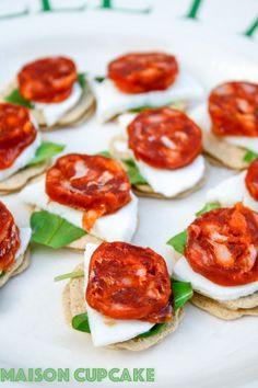 Easy chorizo canapes recipe with mini oatcakes, mozzarella and rocket - quick tapas idea - recipe at maisoncupcake.com