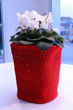 #container #vaso # #Ornamento #contemporaryart #design #artigianato #homedecor #arti #multicolor #interiordesign