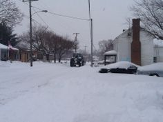Toby Whitesell,Weyers Cave  Local farmers clearing the road. #WHSVsnow