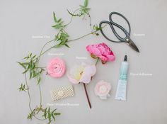 diy floral wrist corsage//jmflora photo by marvelous things photography