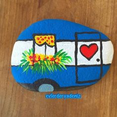 kindness rocks sayings Rock Painting Ideas Easy, Rock Painting Designs, Paint Designs, Stone Crafts, Rock Crafts, Crafts To Do, Pebble Painting, Pebble Art, Stone Painting