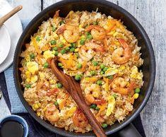 Smažená rýže skrevetami   Recepty Albert No Salt Recipes, Paella, Fried Rice, Healthy Recipes, Healthy Food, Fries, Vitamins, Food And Drink, Cooking