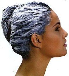 Argila branca no cabelo