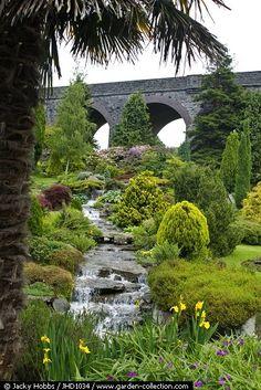 Tdp014 jardines en pendiente 2 jardines pinterest for Jardines en desnivel