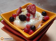 #Δροσερό και #ελαφρύ #επιδόρπιο ! #συνταγές #φρούτα #γιαούρτι #recipes #light #dessert #yogurt #berries