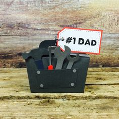 These fun tool box gift boxes are perfect for wrapping up small Father's Day gifts for your dad. With our free printable template, this is handmade gift for the man who has everything…