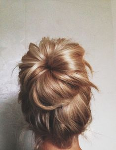 Messy blonde bun