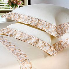 Sewing Room Diy Duvet Covers Ideas For 2019 Diy Pillows, Decorative Pillows, Bed Covers, Pillow Covers, Home Tex, Sewing To Sell, Shabby Chic Crafts, Teen Bedding, Quilted Table Runners