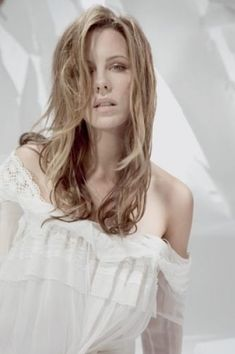 Kate Beckinsale Hair, Kate Beckinsale Pictures, Most Beautiful Women, Beautiful People, Brunette Beauty, Cindy Crawford, Celebs, Celebrities, Cannes Film Festival