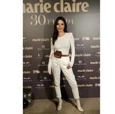White on white on white. Marie Claire, Online Gratis, Sexy, White Jeans, Khaki Pants, Actresses, Actors, Celebrities, Inspiration