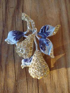 Vintage 1950s Rhinestone Pin Purple Pears Brooch 2013m